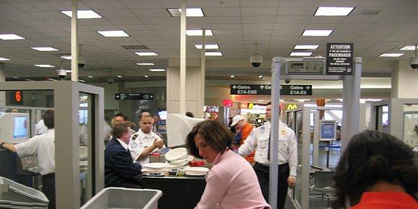 Securité : les canifs à nouveau autorisés à bord des avions aux USA