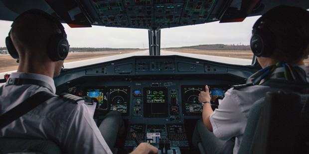 Un Faux Pilote Air France S Installe Dans Un Cockpit Aux
