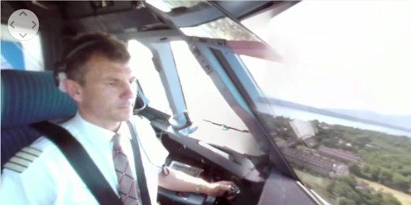 insolite-avion-vol-360-degres